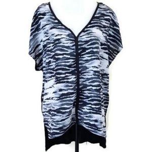 Women's silky animal print short sleeve top XL